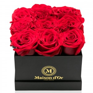 Black box 9 red roses