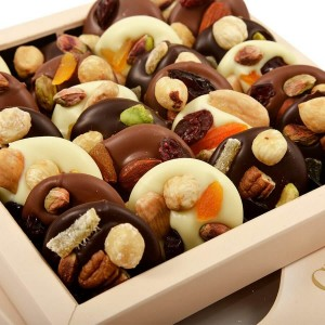 Assorted Chocolate Box Les Mediants 250 g - By Chocolat