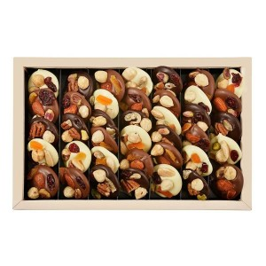 Assorted chocolate box Les Mediants 400 g - By Chocolat