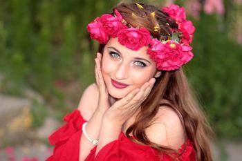 Cadouri pentru zodii: Florile preferate de femeia Gemeni