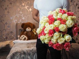 Vrei sa-ti ceri iertare? Lasa florile sa vorbeasca pentru tine!
