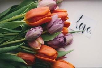 5 buchete de flori care transmit dragostea mai frumos decat cuvintele